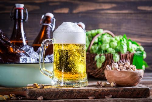Piwo i orzeszki