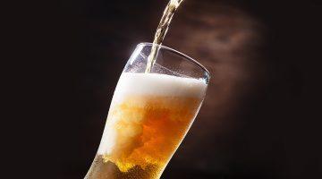 Szklankę piwa poproszę!